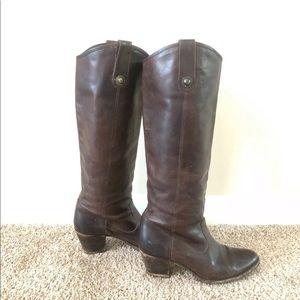 Frye Jolene pull on boots